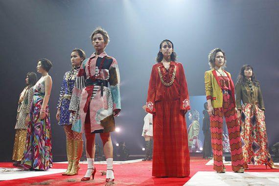 大阪、日本、アジアの<br /> 「女性をもっと美しく」するヘアショー