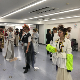 日本美容専門学校 平成31年 21期/1年次修了コン...